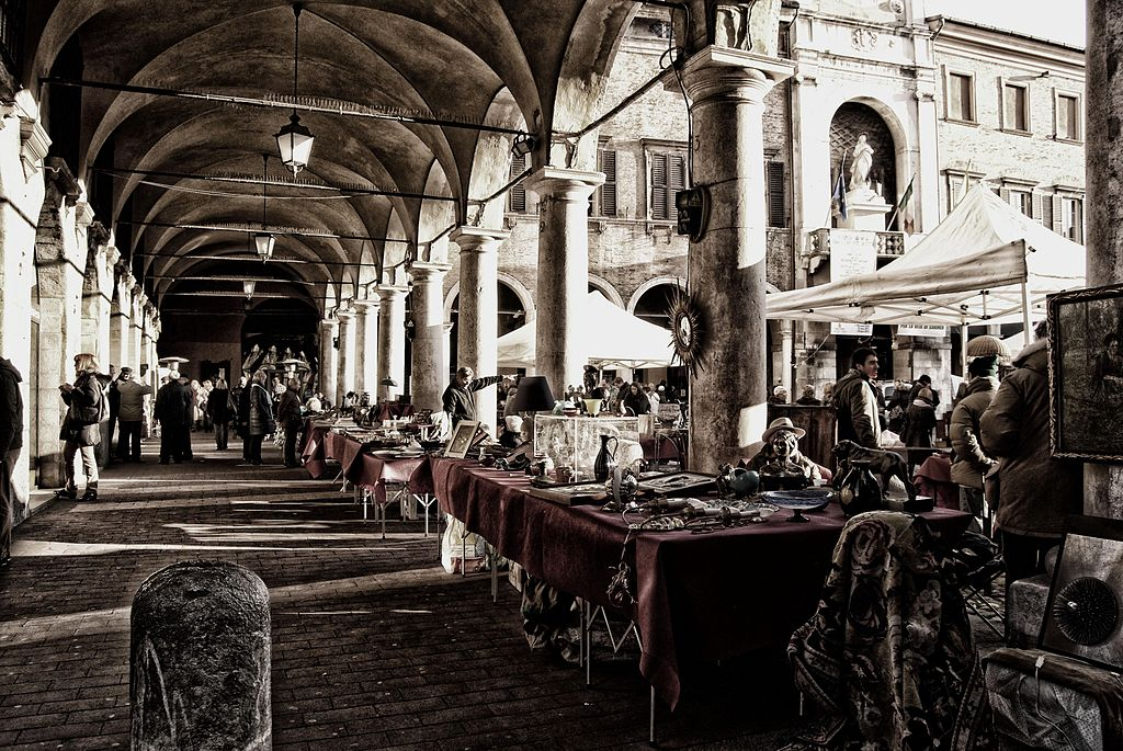 Palazzo comunale à Modène en Italie - Photo de Poeme