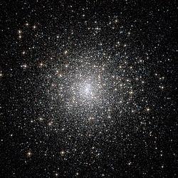 Messier 15 HST.jpg