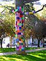 Miranda de Ebro - Yarn bombing en el Parque Antonio Machado 09.jpg