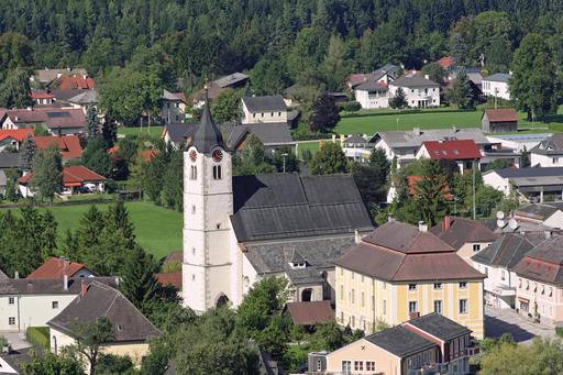 Molln - Pfarrkirche und Pfarrhof