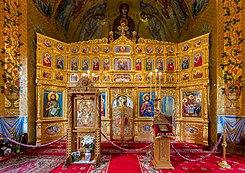 Iconostase in de kerk van het Cocoșklooster in de Roemeense stad Isaccea