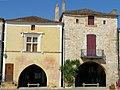 Monpazier - Maison place des Cornières 31-33-35 -400.JPG