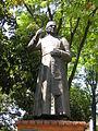 Monseñor Felix Henao Botero-Estatua-UPB-Medellin.JPG