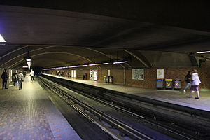 Mont-Royal Metro.jpg