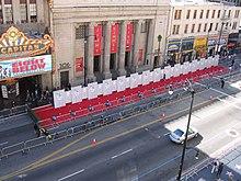 Tappeto rosso per la première di un film sull'Hollywood Boulevard