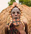 Mursi Woman, Ethiopia (26425608655).jpg