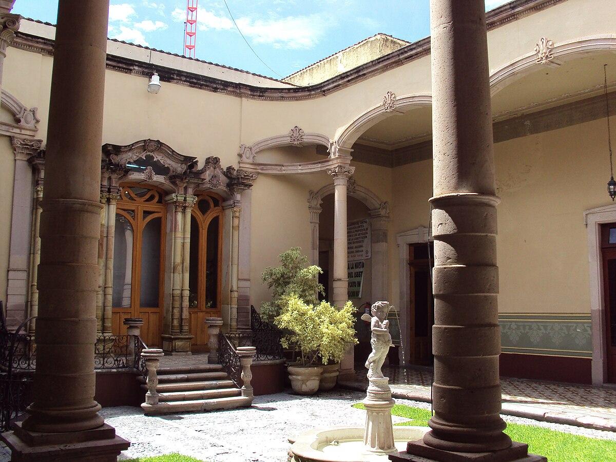 Archivo:Museo Regional de Antropología e Historia Aguascalientes.jpg -  Wikipedia, la enciclopedia libre