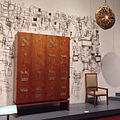 My favorite display at @TheJewishMuseum is this Philip Johnson-designed Torah ark and chairs with Ibram Lassaw's bimah screen and hanging Eternal Light. All from the 1950s Kneses Tifereth Israel (New York state) (14180969739).jpg