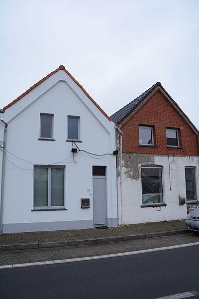 """Nederzwalmsesteenweg 91-93, Zingem deel van Arbeidershuizen, genaamd """"Acht huizen"""""""