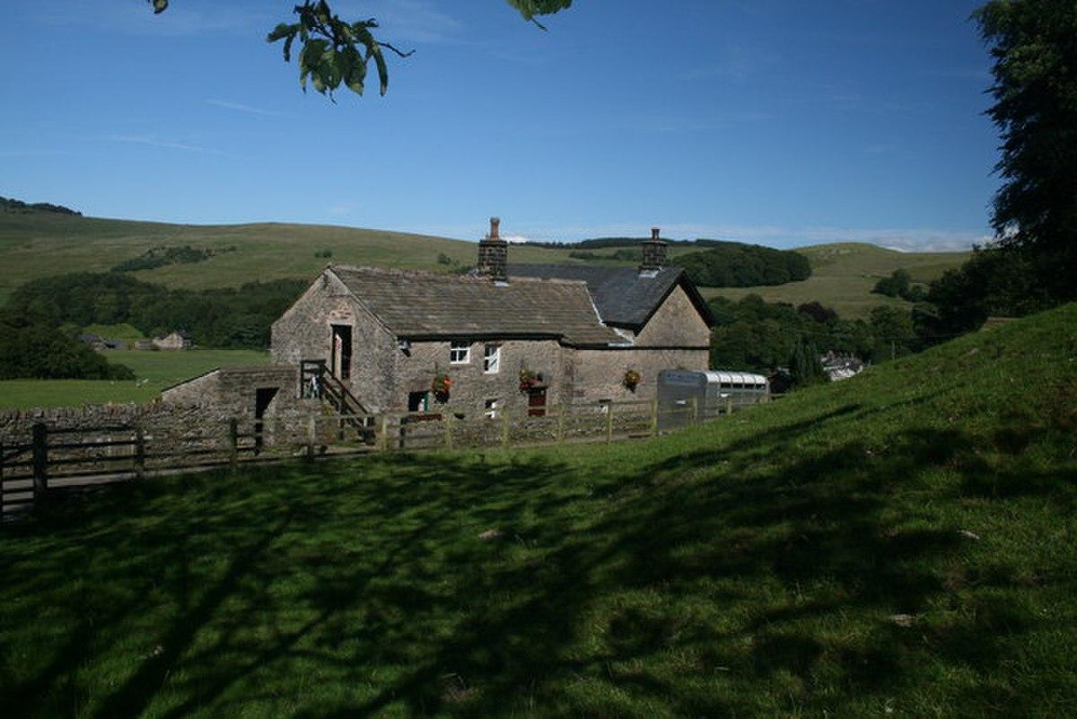 New Laund Farm - geograph.org.uk - 883143.jpg