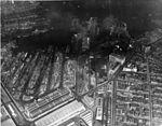 New York Naval Shipyard aerial photo 02 in April 1945.jpg