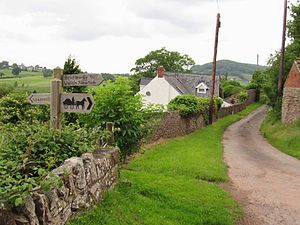 Newton Court - Newton Court Lane, leading to Newton Court Farm