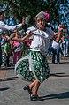 Niña bailando música Venezolana.jpg