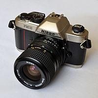 Nikon FM10.jpg