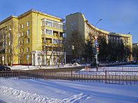 Nizhny Novgorod. Corner of Molodyozhny Avenue & Vatutin Street in February.jpg