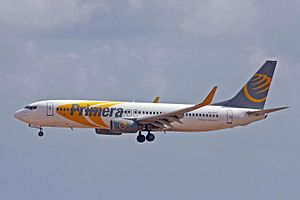 Primera Air - Primera Air Boeing 737-800.