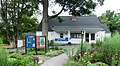 Oak Knoll Wildlife Sanctuary Audubon visitor center.jpg