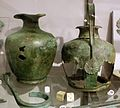 Olpe e oinochoes in bronzo, 350-300 ac ca, da monteluce (PG).jpg