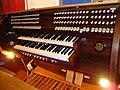 Orgelmanualerna, By kyrka.jpg