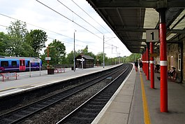 Oxenholme Lake District railway station in spring 2013 (1).JPG