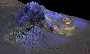 Impactite - Image: PIA19673 Mars Alga Crater Impact Glass Detected MRO 20150608