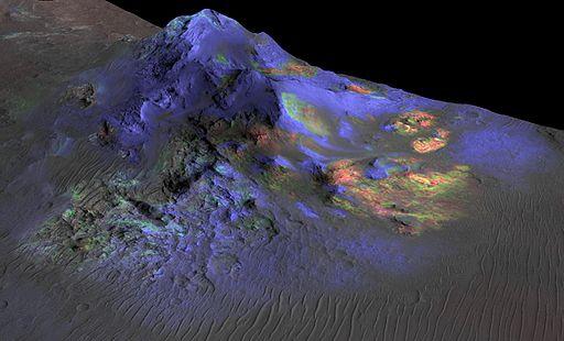 PIA19673-Mars-AlgaCrater-ImpactGlassDetected-MRO-20150608