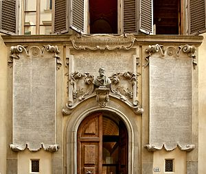 "Vincenzo Viviani - The ""Palazzo Viviani"" or ""Palazzo dei Cartelloni"" with plaques and bust dedicated by Viviani to Galilei"