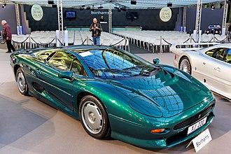 Jaguar XJ220 - Image: Paris Bonhams 2016 Jaguar XJ220 coupé 1992 001
