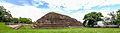 Parte Trasera Vista en una Fotografia Panoramica de las Ruinas del Tazumal.jpg