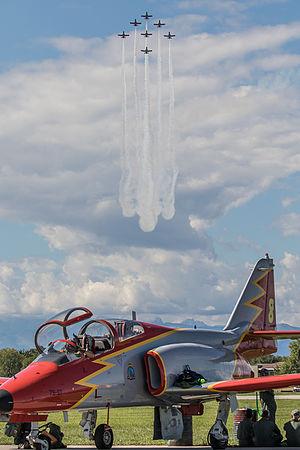 Patrulla Águila - Image: Patrulla Águila on CASA C 101EB Aviojet display (21904361500)