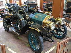 Scoop--- La Nascita dell'Akenaton Automotive 250px-Peugeot_Type_125
