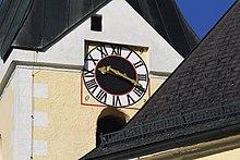 Turmuhr der Leonsteiner Pfarrkirche