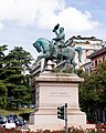 Piazza Corvetto - Monumento a Vittorio Emanuele III.jpg