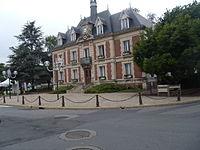 Pierrelaye Mairie.JPG