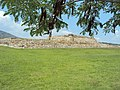 Piramide sitio arqueologico plazuelas.JPG