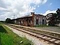 Plataforma e trilhos da Estação Ferroviaria de Vinhedo vista Norte-sul.jpg