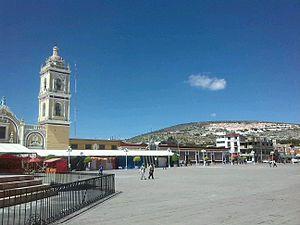Tepeaca - Image: Plaza y monte de oníx en Tepeaca