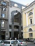 Ploschad Ostrovskogo Sankt-Peterburg 2885.jpg