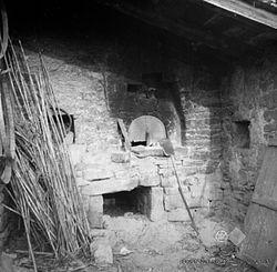 Pogled na peč za peko kruha, Prade 1949.jpg