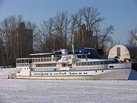Polkovnik Aksenov in North River Port 31-jan-2012 01.JPG