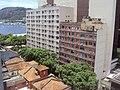 Prédios e casas de comércio no bairro Botafogo.jpg