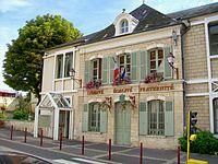 Presles (95), mairie-école, rue Pierre-Brossolette.jpg
