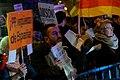 Protesta en contra del Partido Popular ante su sede en la calle Génova de Madrid (2 de febrero de 2013) (6).jpg