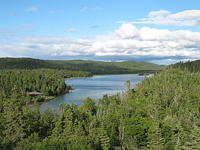 Pukaskwa National Park southern headland trail.JPG