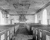 Fil:RAA16000200154075-Essunga gamla kyrka 1762-1903 interior.jpg