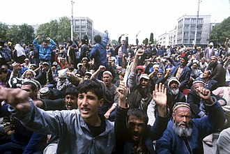 Tajikistani Civil War - An anti-government rally at Shakhidon Square, Dushanbe in May 1992, at the onset of civil war