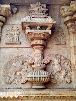 Random temple art in hampi.jpg