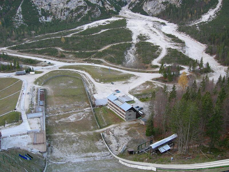 Soubor:Rateče Planica nov 12-2006-22.jpg