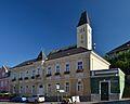 Rathaus Böheimkirchen.jpg