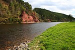 Red Sandstone Pillars of Salmon beat 4, River Spey. - geograph.org.uk - 176166.jpg